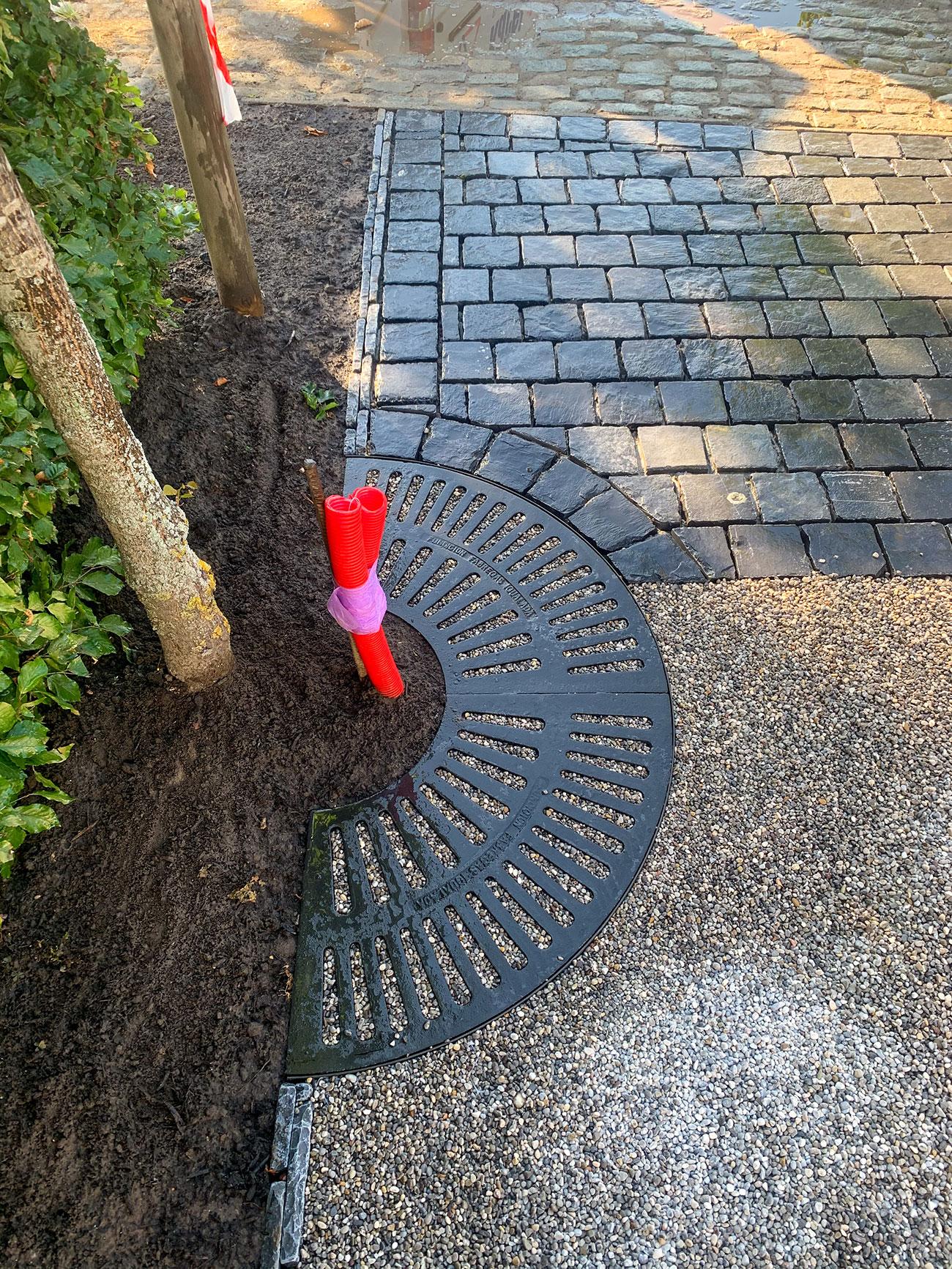 Oprit-terras-tuinpaden-natuursteen.jpg